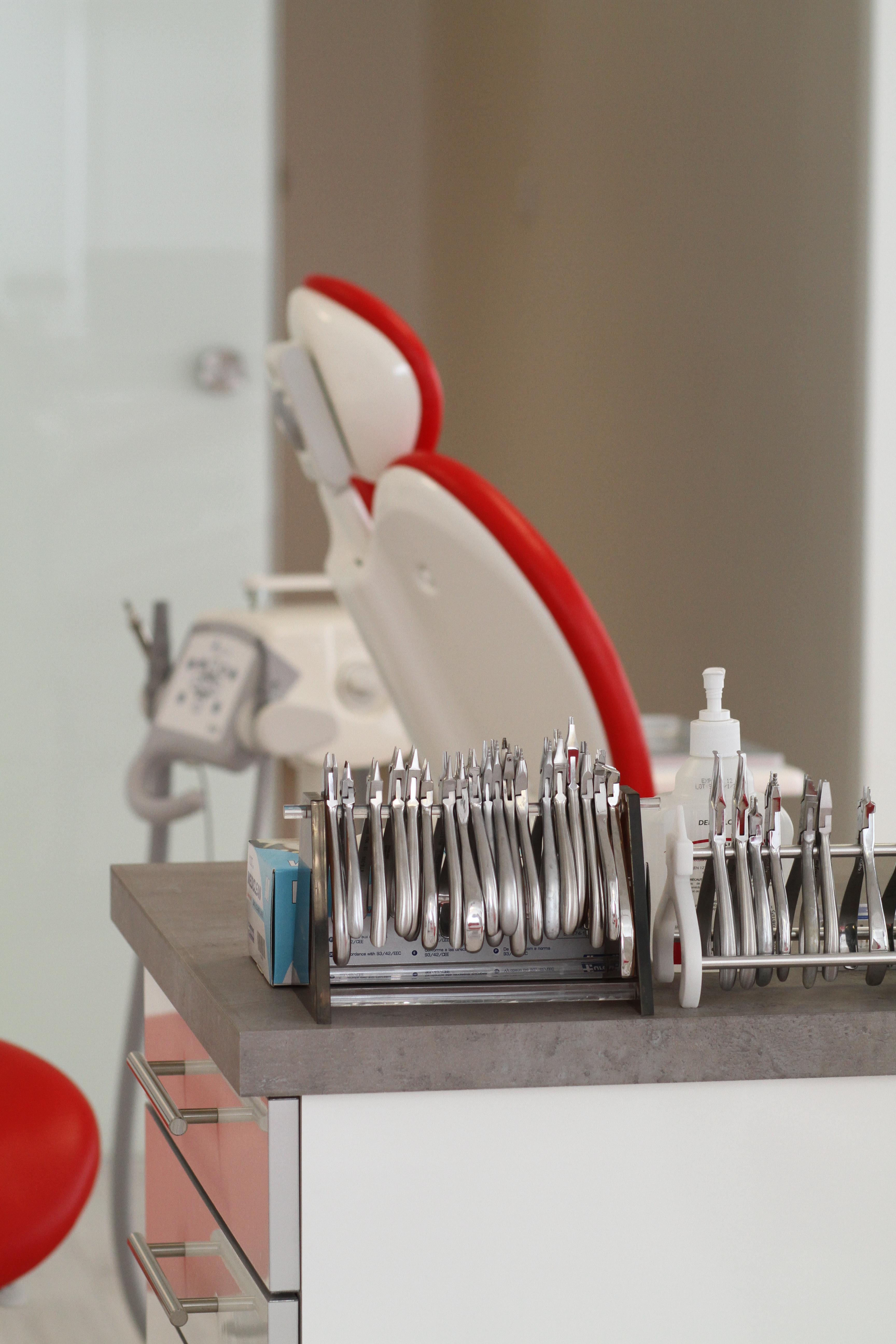 Le cabinet dr soubri orthodontiste voisins le - Cabinet medical montigny le bretonneux ...